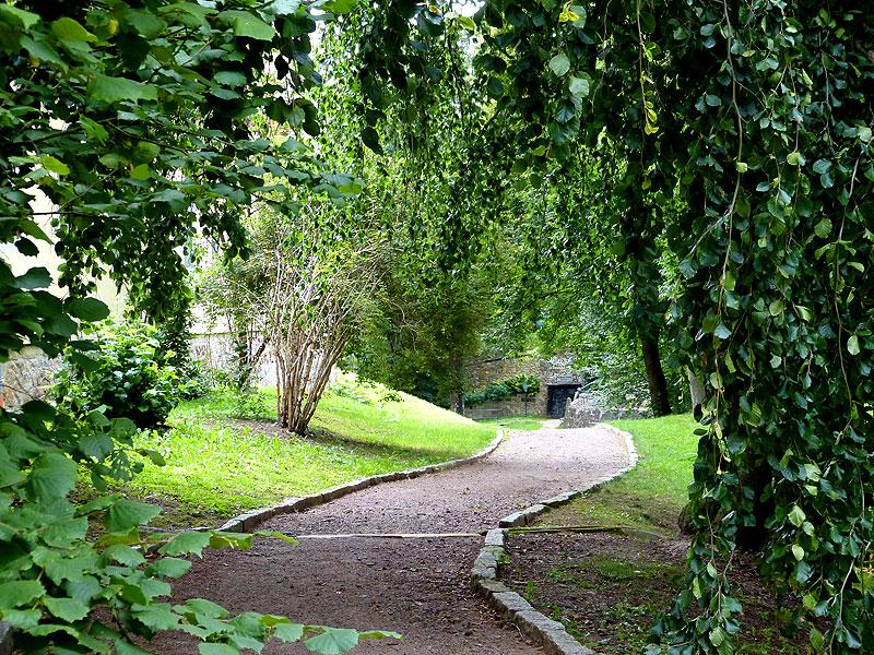 Gehweg Schlossgarten
