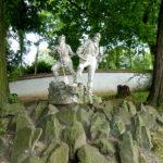 Figuren im Schlossgraben