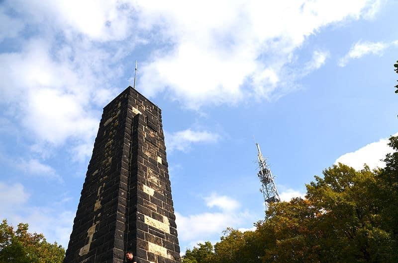 Windbergdenkmal von der Seite