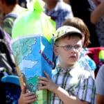 Kind mit Zuckertüte Festumzug Tharandt