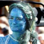 Festumzug Tharandt Nixe mit blauen Gesicht