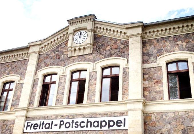 Bahnhofsuhr in Potschappel