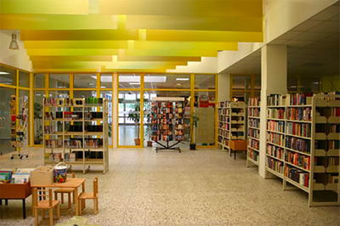 Bücherei / Stadtbibliothek Freital