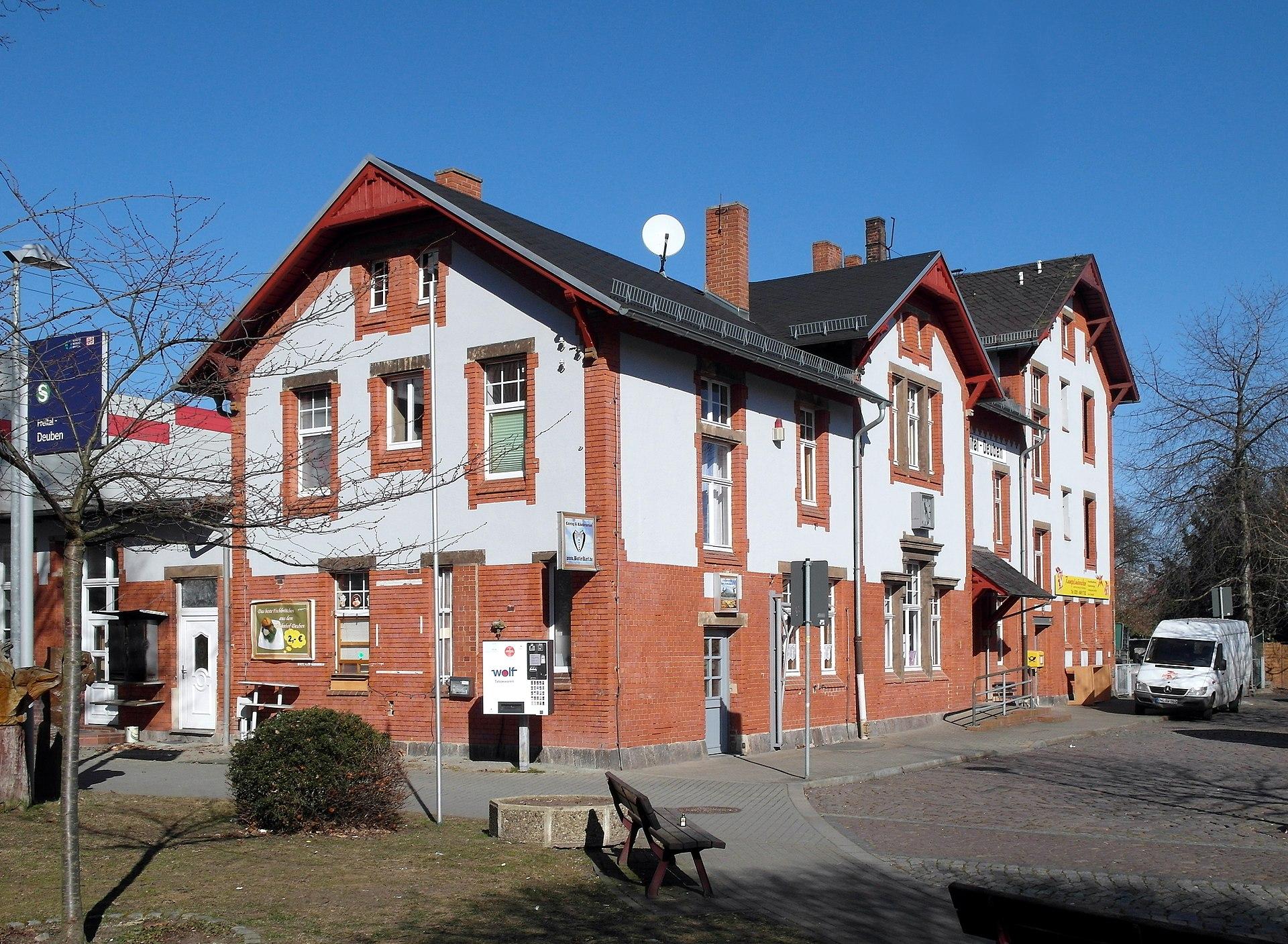 Bahnhofsgebäude Deuben
