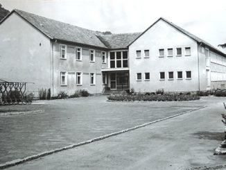 """Grundschule """"Geschwister Scholl"""" in Freital-Hainsberg im Jahre 1969"""