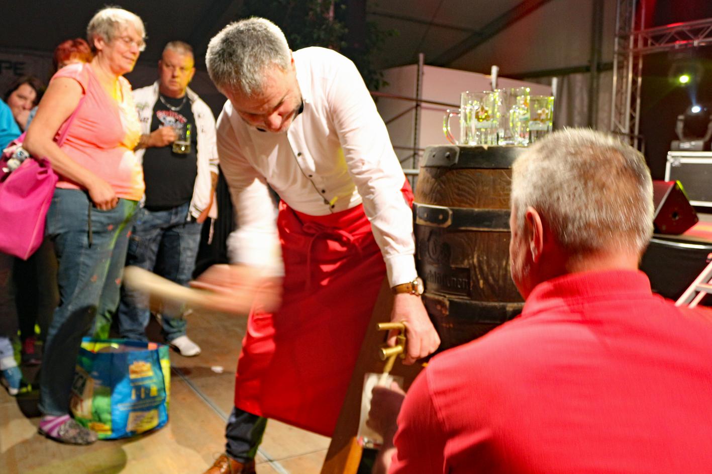 Windbergfest Bieranstich OB Rumberg